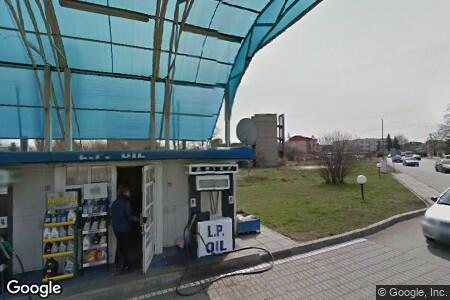 Бензиностанция L.P. Oil