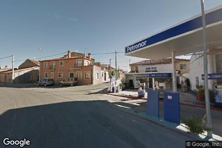Бензиностанция Station PETRONOR Margen Derecho
