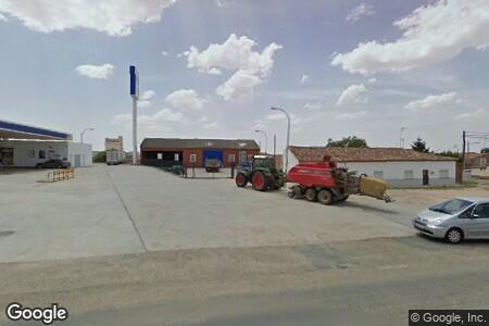 Бензиностанция Station PETRONOR